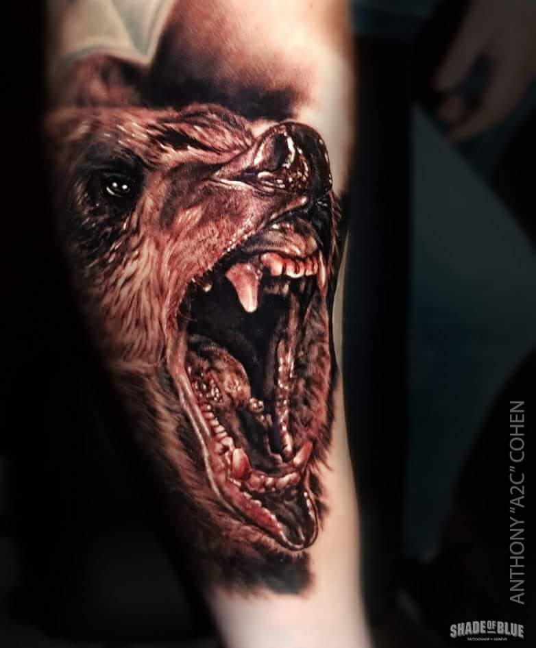 Tatouage realiste animaux ours noir et gris